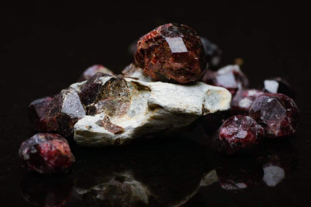 piedra granate